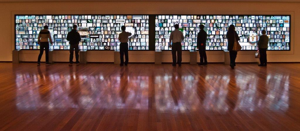 Extra-Wide-Touch-Screen-Video-Wall