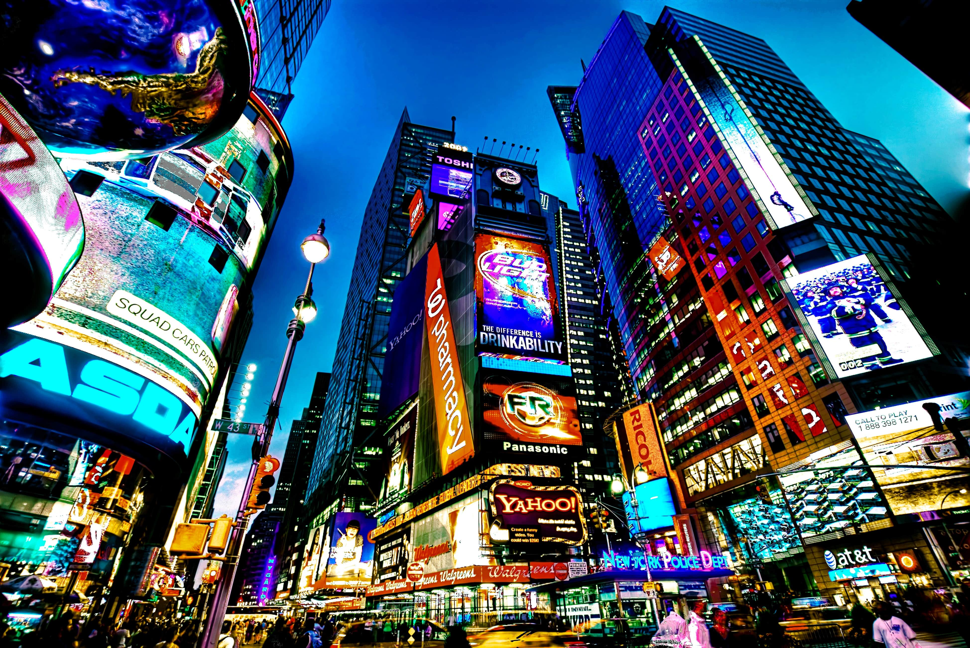 The growing digital signage industry and its effects on advertising.